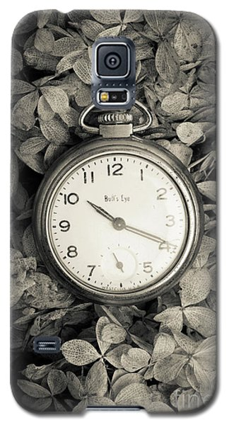 Galaxy S5 Case featuring the photograph Vintage Pocket Watch Over Flowers by Edward Fielding