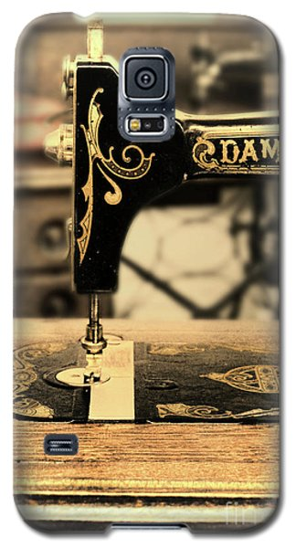 Galaxy S5 Case featuring the photograph Vintage Sewing Machine by Jill Battaglia
