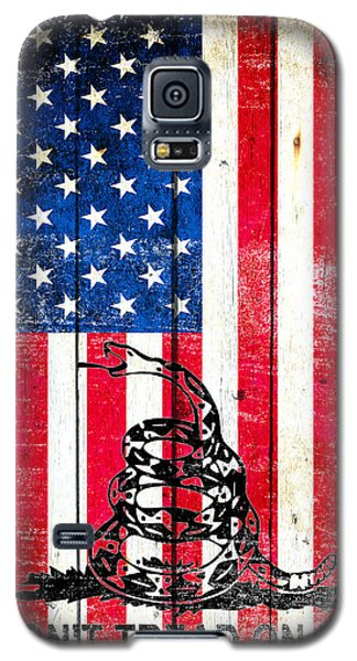 Viper On American Flag On Old Wood Planks Vertical Galaxy S5 Case