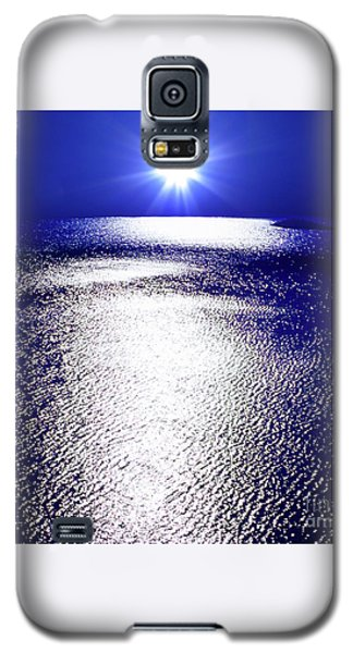 Galaxy S5 Case featuring the photograph Virtual Sea by Tatsuya Atarashi