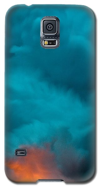 Volcano Smoke And Fire Galaxy S5 Case