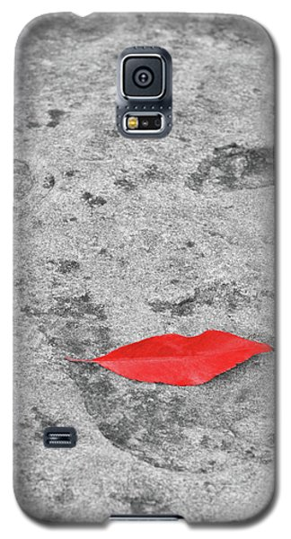 Galaxy S5 Case featuring the photograph Voluminous Lips by Dale Kincaid