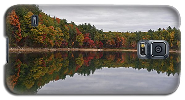 Walden Pond Fall Foliage Concord Ma Reflection Trees Galaxy S5 Case