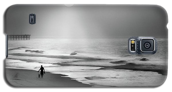 Walk Beneath The Moon Galaxy S5 Case by Karen Wiles