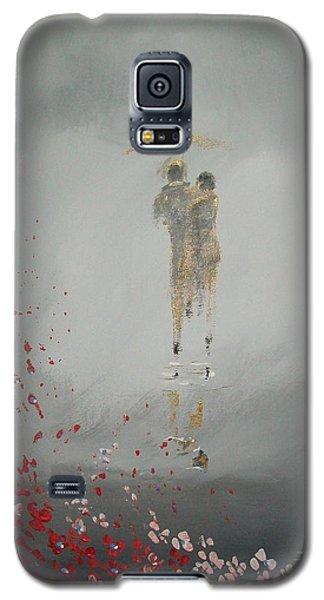 Walk In The Storm Galaxy S5 Case by Raymond Doward