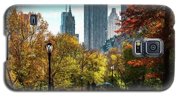 Walking In Central Park Galaxy S5 Case