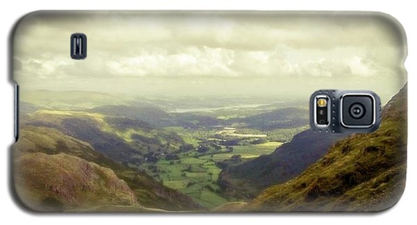Walking In The Mountains, Lake District, Galaxy S5 Case