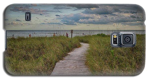 Walkway To The Beach Galaxy S5 Case