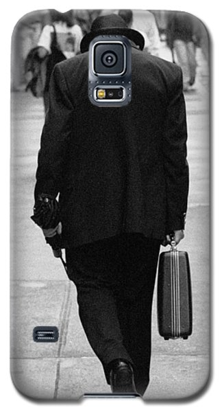 Galaxy S5 Case featuring the photograph Wall Street Man by Dave Beckerman