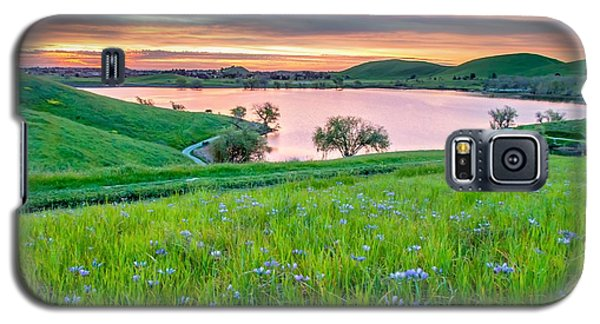 Galaxy S5 Case featuring the photograph Wally Baskets Above Contra Loma  by Marc Crumpler
