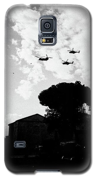 War Helicopters Over The Imperial Fora Galaxy S5 Case