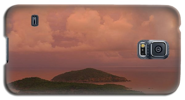 Galaxy S5 Case featuring the photograph Warm Sunset Palette Of Inner And Outer Brass Islands From St. Thomas by Jetson Nguyen