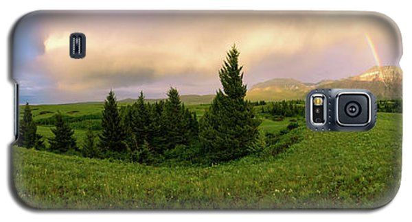 Galaxy S5 Case featuring the photograph Warm The Soul Panorama by Chad Dutson