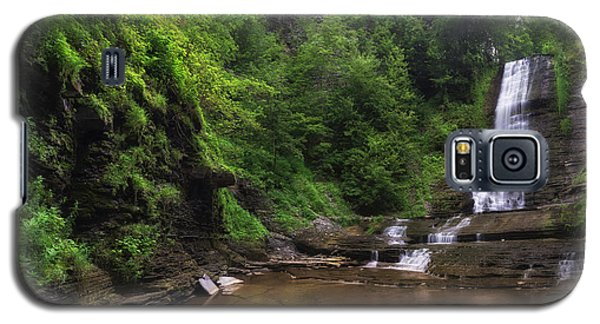 Galaxy S5 Case featuring the photograph Warsaw Falls by Mark Papke