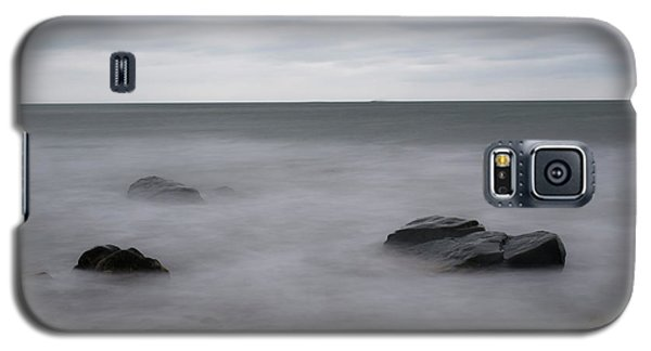 Galaxy S5 Case featuring the photograph Washing Over The Beach by Andrew Pacheco