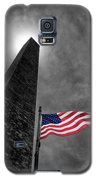 Galaxy S5 Case featuring the photograph Washington Monument And The Stars And Stripes by Andrew Soundarajan