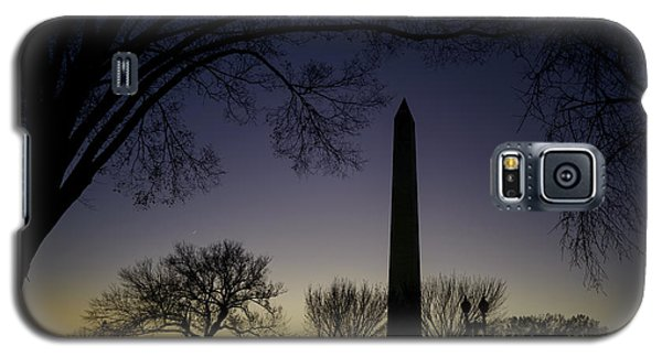 Washington Monument At Twilight With Moon Galaxy S5 Case