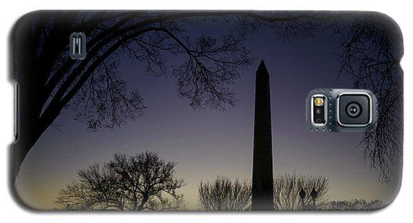 Washington Monument At Twilight With Moon Galaxy S5 Case