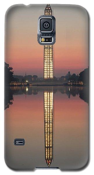 Washington Monument At Dawn Galaxy S5 Case