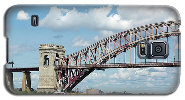 Hell Gate Bridge And Barge Galaxy S5 Case