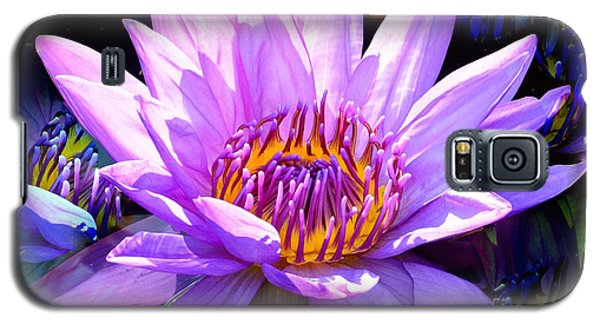 Water Lily In Purple Galaxy S5 Case
