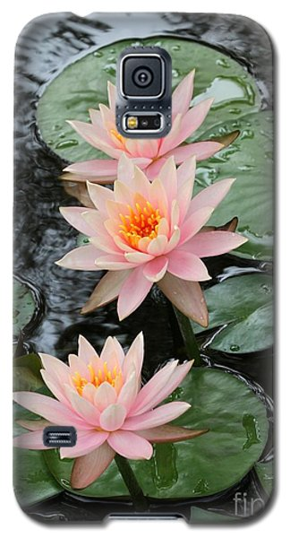 Water Lily Trio Galaxy S5 Case