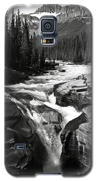 Waterfall In Banff National Park Bw Galaxy S5 Case by RicardMN Photography