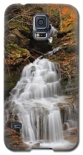 Waterfall In Smugglers Notch Galaxy S5 Case