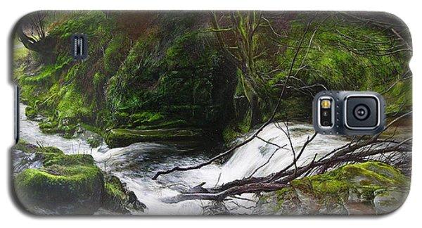 Waterfall Near Tallybont-on-usk Wales Galaxy S5 Case