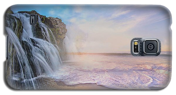 Waterfalls Into The Ocean Galaxy S5 Case