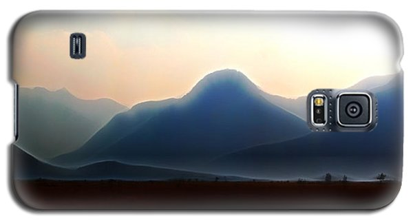 Waterton - Mountain Panorama Galaxy S5 Case by Stuart Turnbull