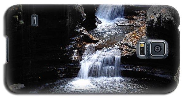 Galaxy S5 Case featuring the photograph Watkins Glen 3 by Vilas Malankar