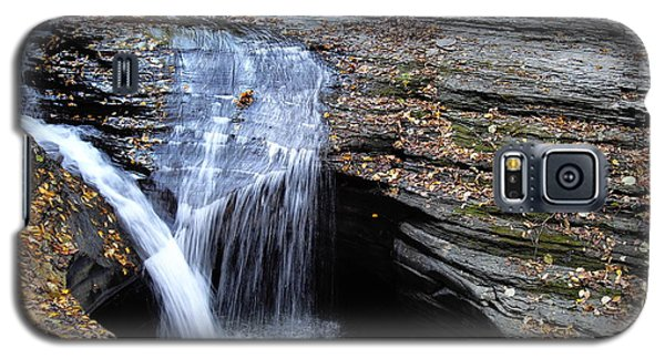 Galaxy S5 Case featuring the photograph Watkins Glen 4 by Vilas Malankar