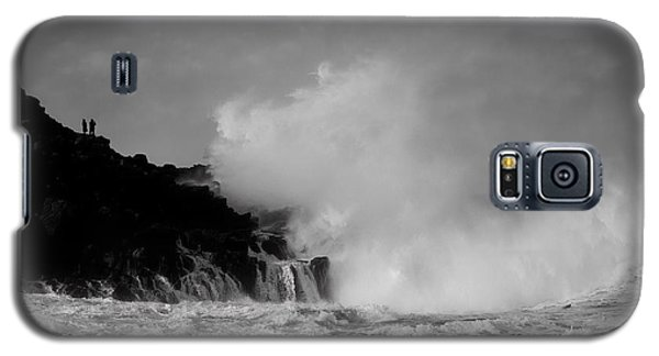 Galaxy S5 Case featuring the photograph Wave Watching by Roy McPeak