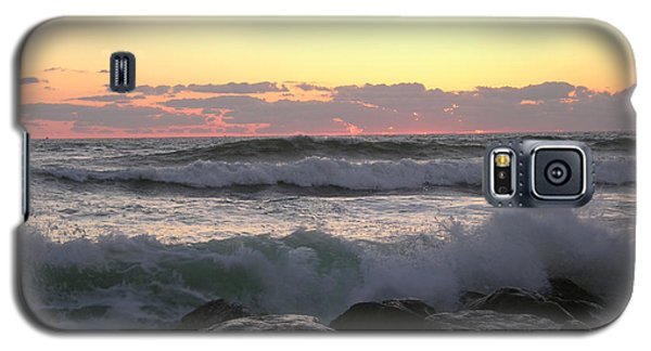 Waves Over The Rocks  5-3-15 Galaxy S5 Case