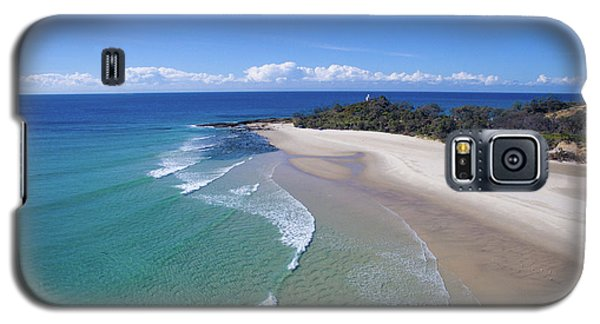 Waves Rolling In To North Point Beach On Moreton Island Galaxy S5 Case