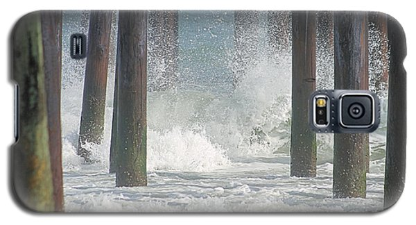 Waves Under The Pier Galaxy S5 Case
