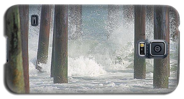 Waves Under The Pier Galaxy S5 Case