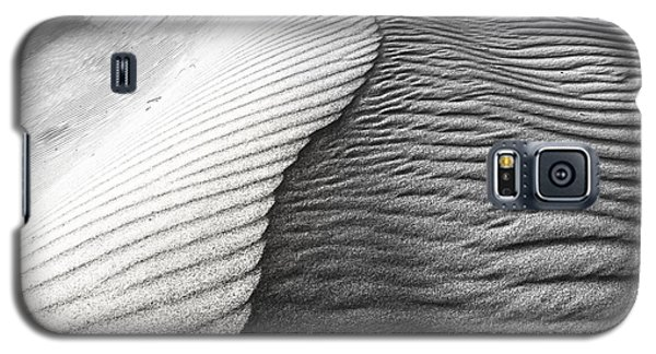 Galaxy S5 Case featuring the photograph Wavetheory V by Ryan Weddle