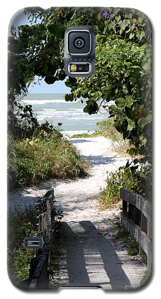 Way To The Beach Galaxy S5 Case by Christiane Schulze Art And Photography