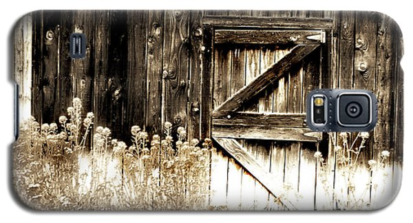 Galaxy S5 Case featuring the photograph Weathered Barn Door by Gray  Artus