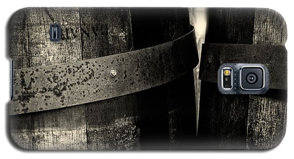 Weathered Old Apple Barrels Galaxy S5 Case by Bob Orsillo