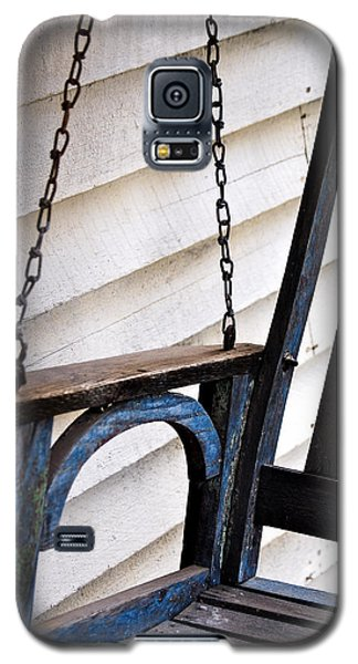 Weathered Porch Swing Galaxy S5 Case by Debbie Karnes