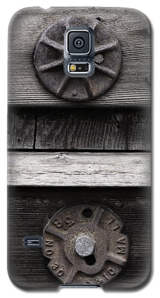 Weathered Wood And Metal Five Galaxy S5 Case by Kandy Hurley