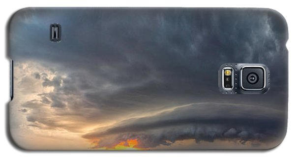 Galaxy S5 Case featuring the photograph Weatherford Oklahoma Sunset Supercell by James Menzies