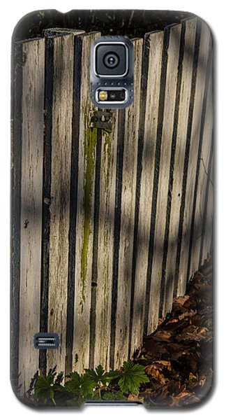 Galaxy S5 Case featuring the photograph Welcome To The Backyard by Odd Jeppesen