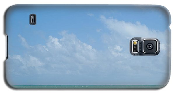 Galaxy S5 Case featuring the photograph We'll Wait For Summer by Yvette Van Teeffelen