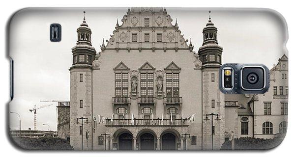 West Facade Of Adam Mickiewicz University Poznan Poland Galaxy S5 Case