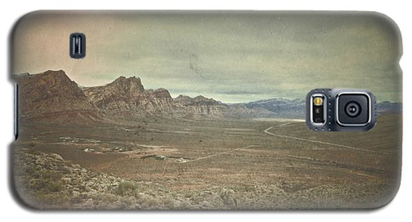 Galaxy S5 Case featuring the photograph West by Mark Ross