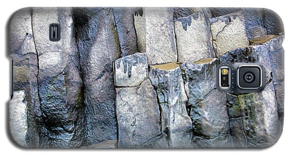 Galaxy S5 Case featuring the photograph Wet Rocks 2 by Hitendra SINKAR